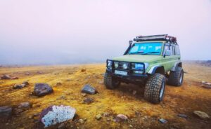 Read more about the article How to pick a line when off-roading?