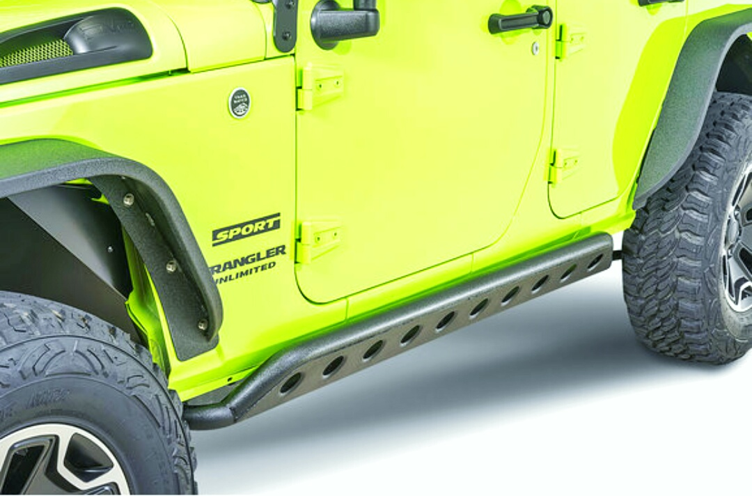 Read more about the article Are Rock Sliders necessary? | How thick should rock sliders be?