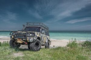 How to do off-roading on sand like a pro?