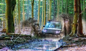 Read more about the article Does traction control help in mud? | traction control vs lockers on off-roading
