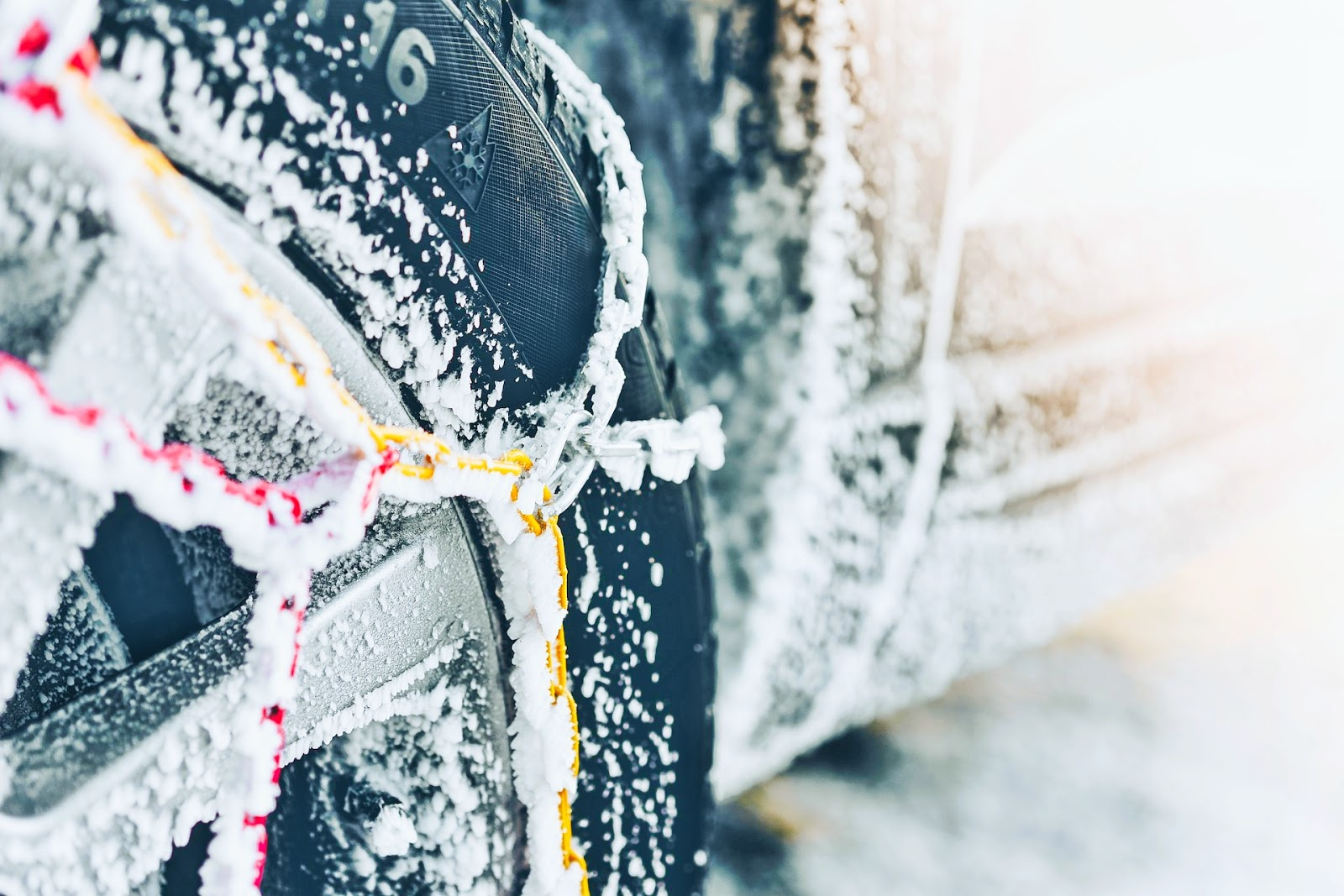 Do snow chains work in the mud?