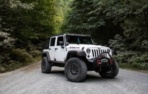 Overlanding and off roading water storage solutions for jeeps