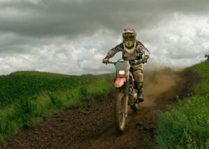 Read more about the article Can a Dirt Bike Fit on a Jeep Wrangler? | Let's Find Out